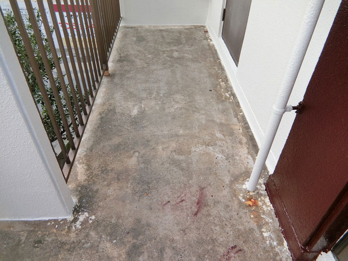 廊下塗装前