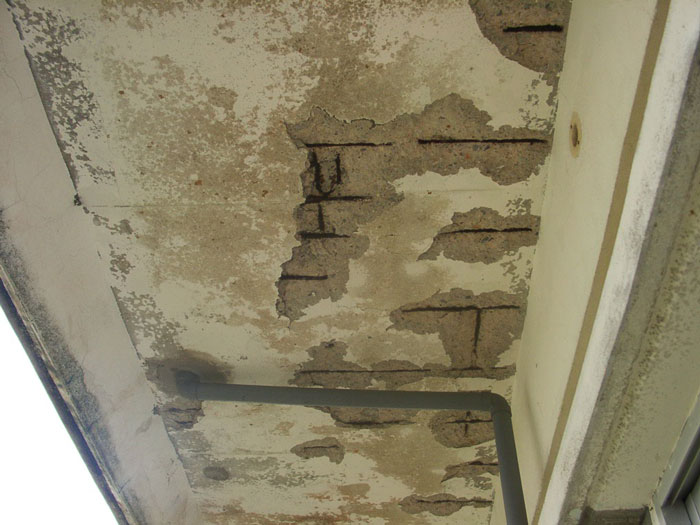 コンクリートの剥落