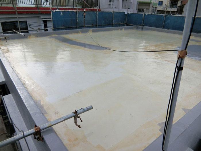 屋上下塗り塗布後